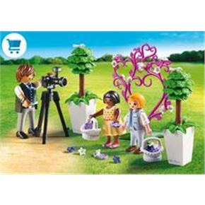 Niños y fotógrafo